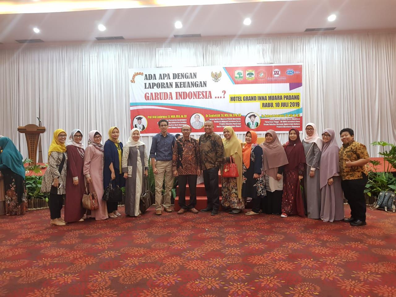 """Seminar """" Ada Apa dengan Laporan Keuangan Garuda Indonesia ?"""""""